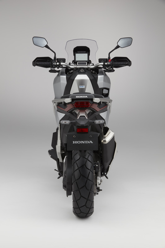 Honda Studioaufnahmen des X-ADV 2017