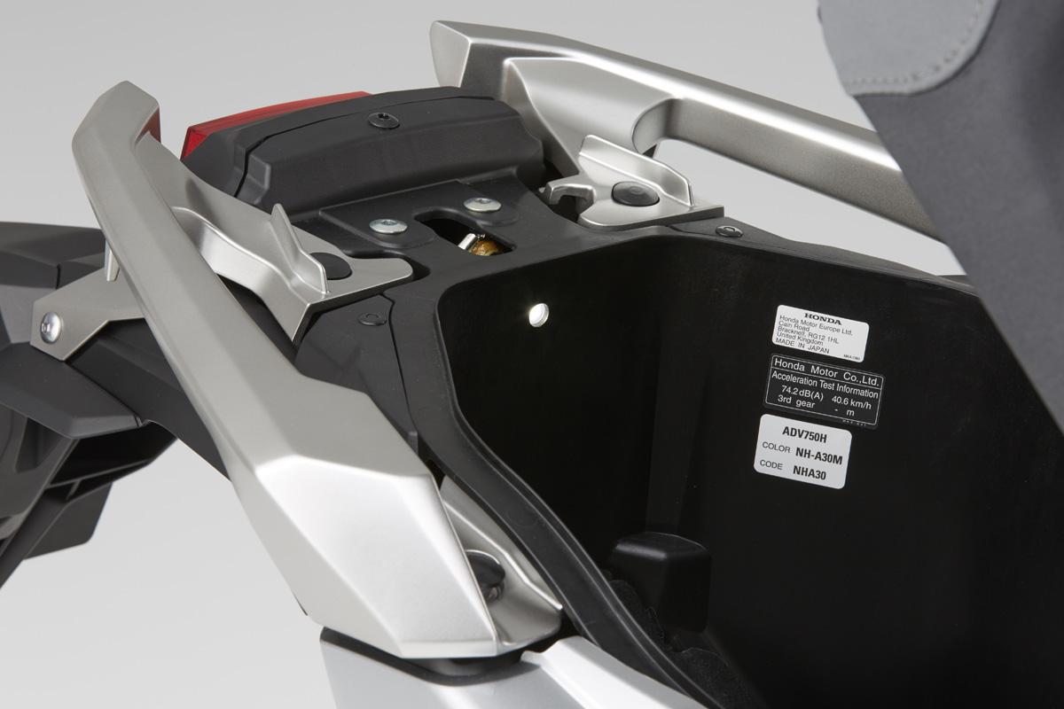 Details des X-ADV